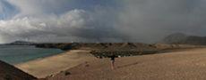 canary playa mujeres